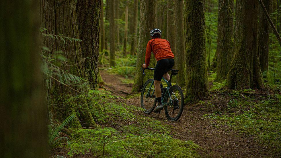 light-bicycle-gravel-bike-adventure